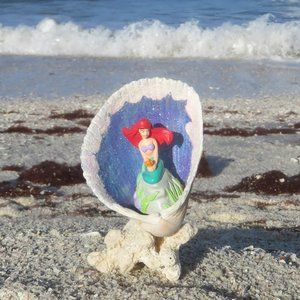Little Mermaid Ariel in Shell and Coral Beach Deco